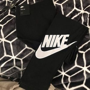 Nike Womens Workout Tights